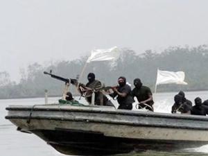 Gana'da korsanlar 'MARINE 711'in beş mürettebatını kaçırdı