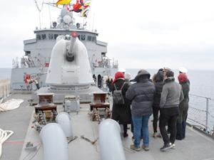 TCG Yıldırım, Sinop Limanı'nda ziyarete açıldı
