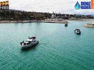 İranlı turistlere Van Gölü'nde tekne turu düzenlendi