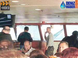 Lodos'a yakalanan tekne, ön camı patlayınca su aldı
