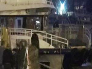 Kadıköy'de tekne beton zemine çarptı, 3 kişi yaralandı