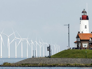 Hollanda, üç yeni açık deniz rüzgar santrali kuracak