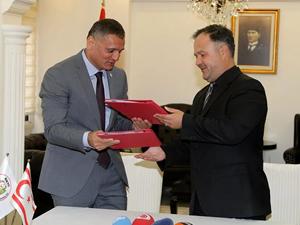 """KKTC ile Türkiye 'su altı sporlarında"""" iş birliği protokolü imzaladı"""
