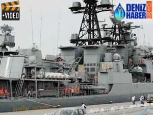 Rus savaş gemileri Suriye'deki üsten ayrıldı