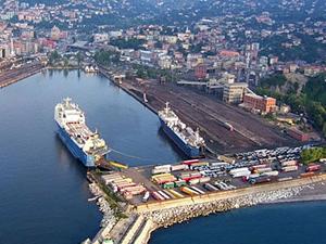 Ahmet Çınar: Liman kalkmalı, marina ve eğlence merkezleri yapılmalı