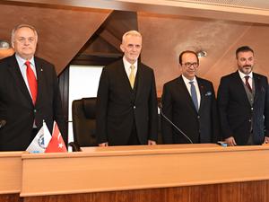 Salih Zeki Çakır, Deniz Ticaret Odası'nın yeni Meclis Başkanı seçildi