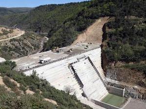 İhsaniye Barajı'nın gövde dolgusu yükseliyor
