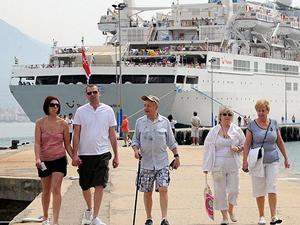 Turizmden elde edilen gelirin 30 milyar doları aşması bekliyor