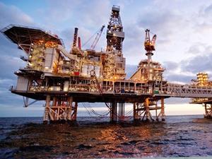 Azerbaycan'ın petrol ve doğalgaz üretimi arttı