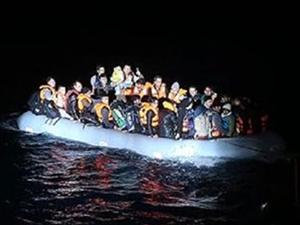 Cezayir'den İspanya'ya gitmek isteyen 15 göçmen hayatını kaybetti