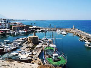 Kuzey Kıbrıs'a gidenlerin sayısı yüzde 10 arttı
