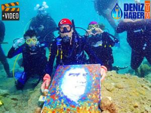 Muğla'da denizin altında resim yaptılar