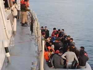 Dikili açıklarında 113 kaçak göçmen yakalandı