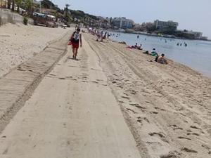 Kuşadası sahilleri sezona hazırlanıyor