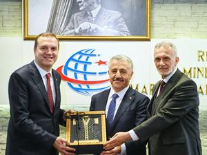 İMEAK DTO Yönetimi, Ahmet Arslan'ı ziyaret etti