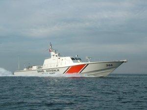Sahil Güvenlik, Mersin'de 100 kaçak göçmeni kurtardı