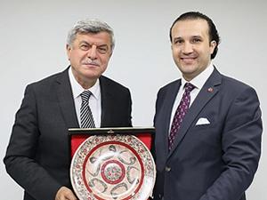 İbrahim Karaosmanoğlu, İMEAK DTO Kocaeli Şubesi'ni ziyaret etti