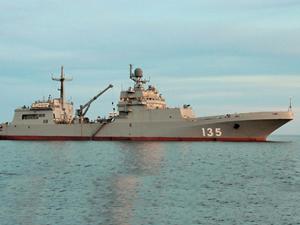Rusya'nın yeni amfibi taaruz gemisi, deniz testlerini tamamladı