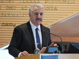 Ahmet Arslan: Deniz ticaret filosunun yükseltilmesini sağlamalıyız
