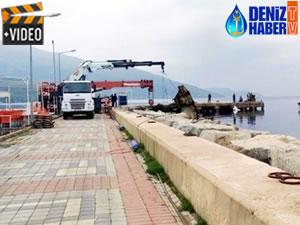 'Pasha' gemisinin parçaları denizden çıkarılıyor