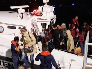 İzmir'de 68 kaçak göçmen yakalandı