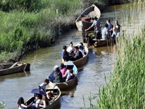 Eber Gölü, doğa tutkunlarının uğrak yeri oldu