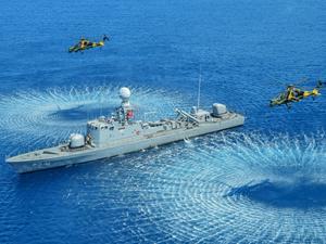 Hücumbotlar ve milli Atak helikopterleri göz dolduruyor