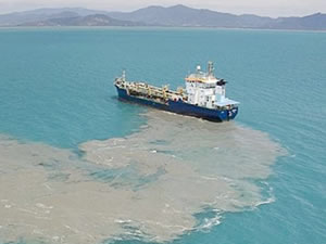 Denizleri kirleten 130 gemiye ceza yağdı