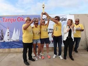 Tanju Okan Yelkenli Yat Yarışları'nda ödüller verildi