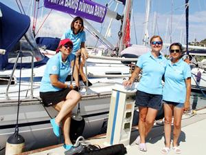 Barış için yelken açan 4 kadın, Alanya'da mola verdi