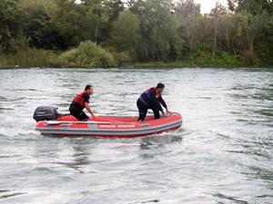 Manavgat Irmağı'nda kaybolan genci arama çalışmaları başladı