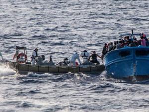 Libya açıklarında 237 göçmen kurtarıldı