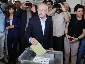 CHP Genel Başkanı Kılıçdaroğlu, oyunu Ankara'da kullandı