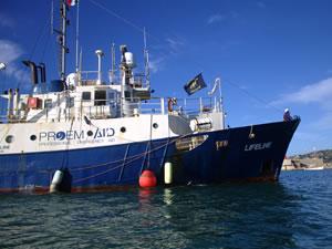 Mission Lifeline'a ait gemi krize neden oldu