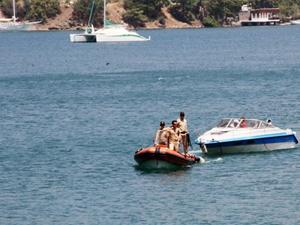Muğla'da sürat botunda 15 sığınmacı yakalandı