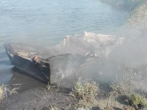 Balıkesir'de balıkçı teknelerini alev alev yandı