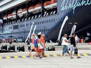 M/S Mein Schiff 2, Bodrum'a 2 bin 77 turist getirdi