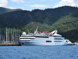 M/S Orient Queen, Marmaris Cruise Port'a yanaştı