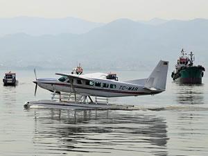 Modern deniz uçağı ile Marmara Denizi havadan gözleniyor