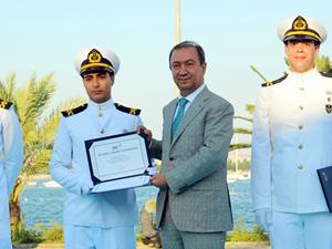 Suat Hayri Aka: Denizcilik sektörü giderek gelişiyor