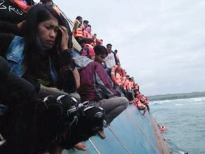 'M/F KM LESTARI MAJU' Endonezya'da battı