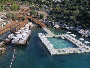 Finike Altuncan Hatun Kadınlar Plajı açıldı