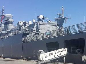 TCG Barbaros, KKTC limanlarına çıkarma yaptı