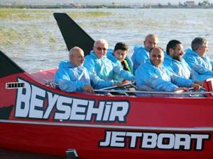 Beyşehir gölü'nde Jet Bot heyecanı yaşanıyor