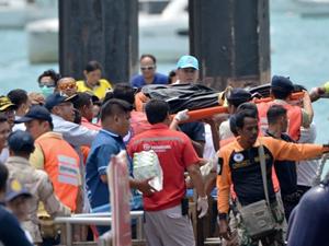 Tayland'da alabora olan teknede ölü sayısı 44 oldu