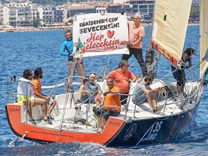 Denizi olmayan şehre yelken kupası getirdiler