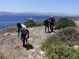 Boğaz Adası'nda mahsur kalan göçmenler kurtarıldı