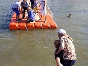 Yalova'da batan sandaldaki 2 kişi kurtarıldı