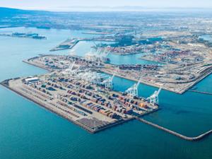 Long Beach Limanı'nda konteyner trafiği arttı