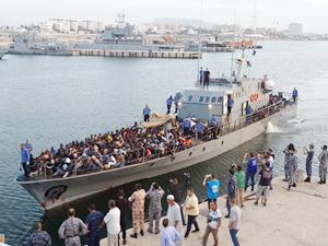 Libya açıklarında 158 göçmen kurtarıldı